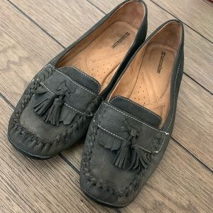 Naturalizer Grey Tassel Moccasin Loafer